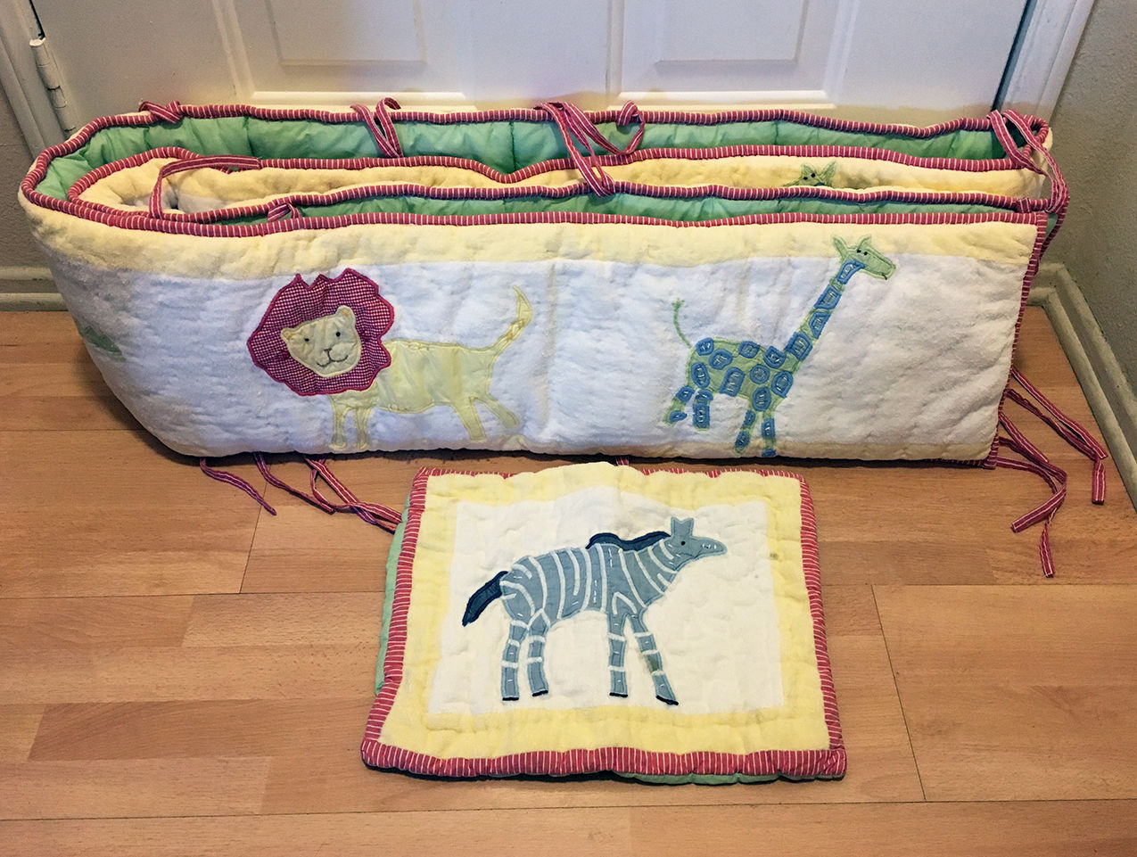 pottery barn kids jungle safari animal crib bumper nursery pillow sham bumpers. Black Bedroom Furniture Sets. Home Design Ideas