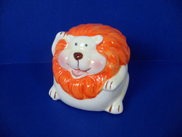 "Lion Coin Money Bank Ceramic Porcelain 3.5"" high with Plastic Stopper - $7.99"