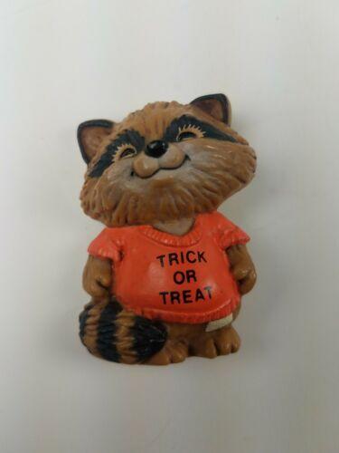 Hallmark Holiday Halloween Pin Raccoon Trick or Treat Shirt orange
