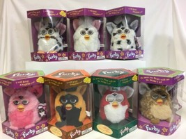 Lot Of 7 Furbys 1998-1999  Dalmation Christmas autumn giraffe snow leopa... - $207.90