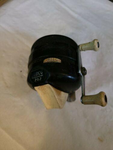 Vintage Zebco Model 202 Fishing reel