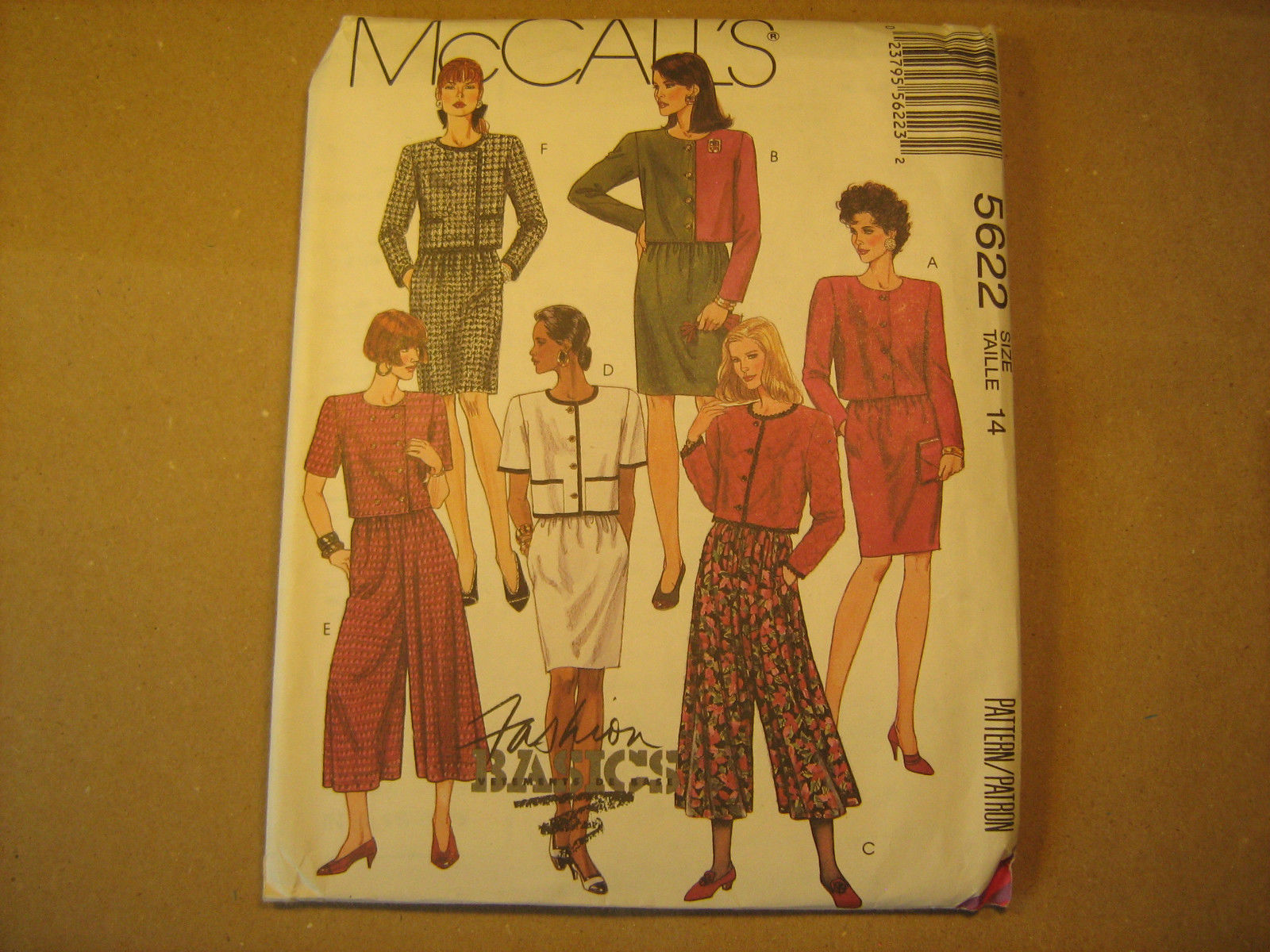 UNCUT Sewing Pattern 1991 McCall's SIZE: 10 12 14 TOP & SKIRT 5622 [Z24]