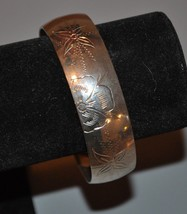 Vintage Made In India Acid Etched Silver Tone Bangle Bracelet - $11.40