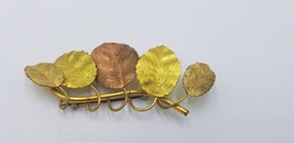 Vintage Row Of 5 Fall Foliage Brass Leaves On A Brass Stem Pin / Brooch - $19.32