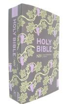 New International Version Bible NIV 2011 Hodder & Stoughton Grapevine Cover - $15.83
