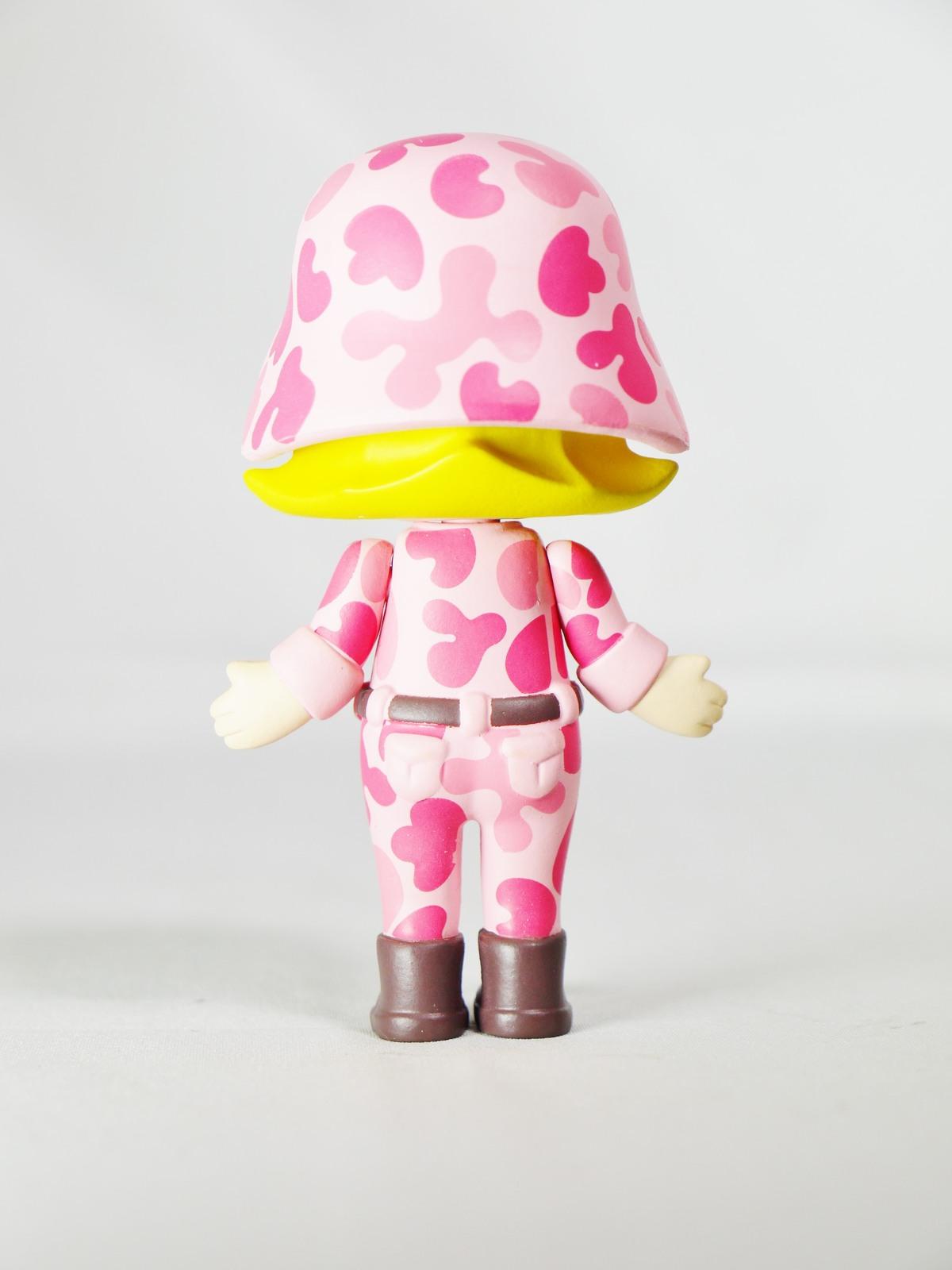 Hong Kong POP MART Kennyswork BLOCK Little Molly Career Series Solider Pink