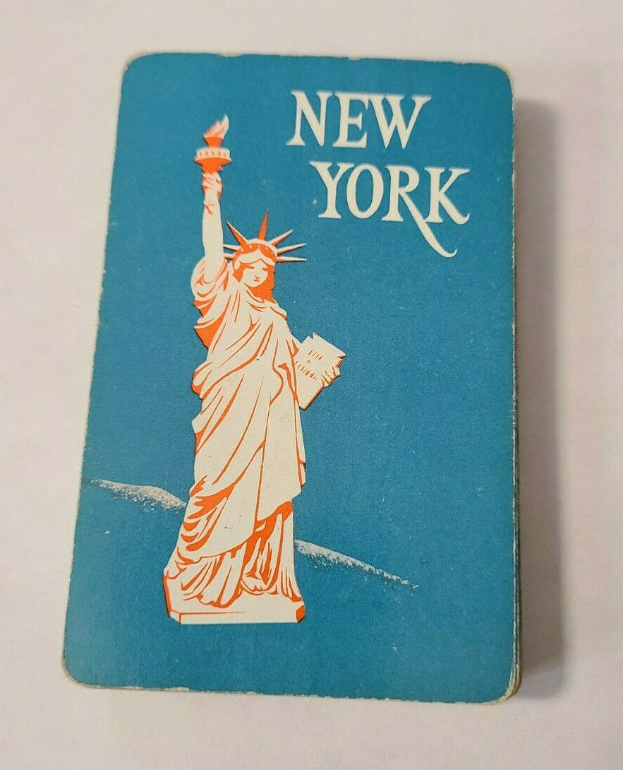 Statue of Liberty on Blue Souvenir Deck of Pinochle Playing Cards  (#30)