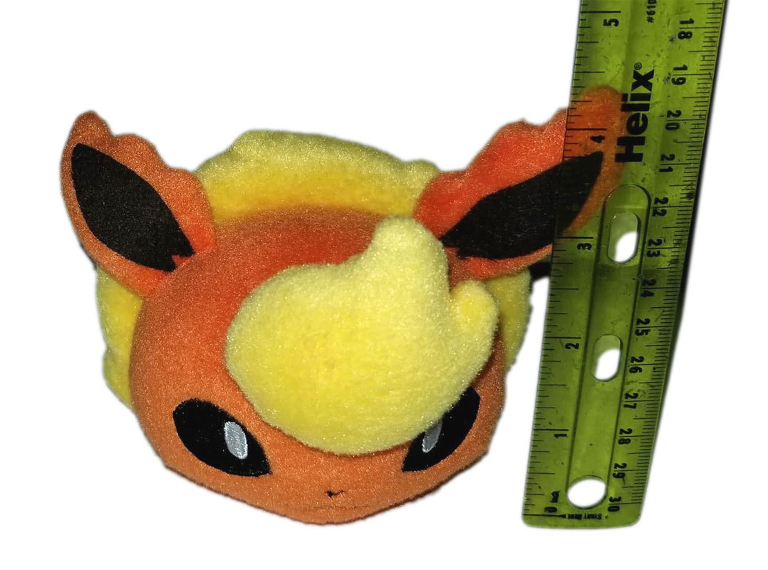 Pokemon Tsum Tsum - Style Flareon Banpresto Anime UFO Catcher / Plush * Nintendo