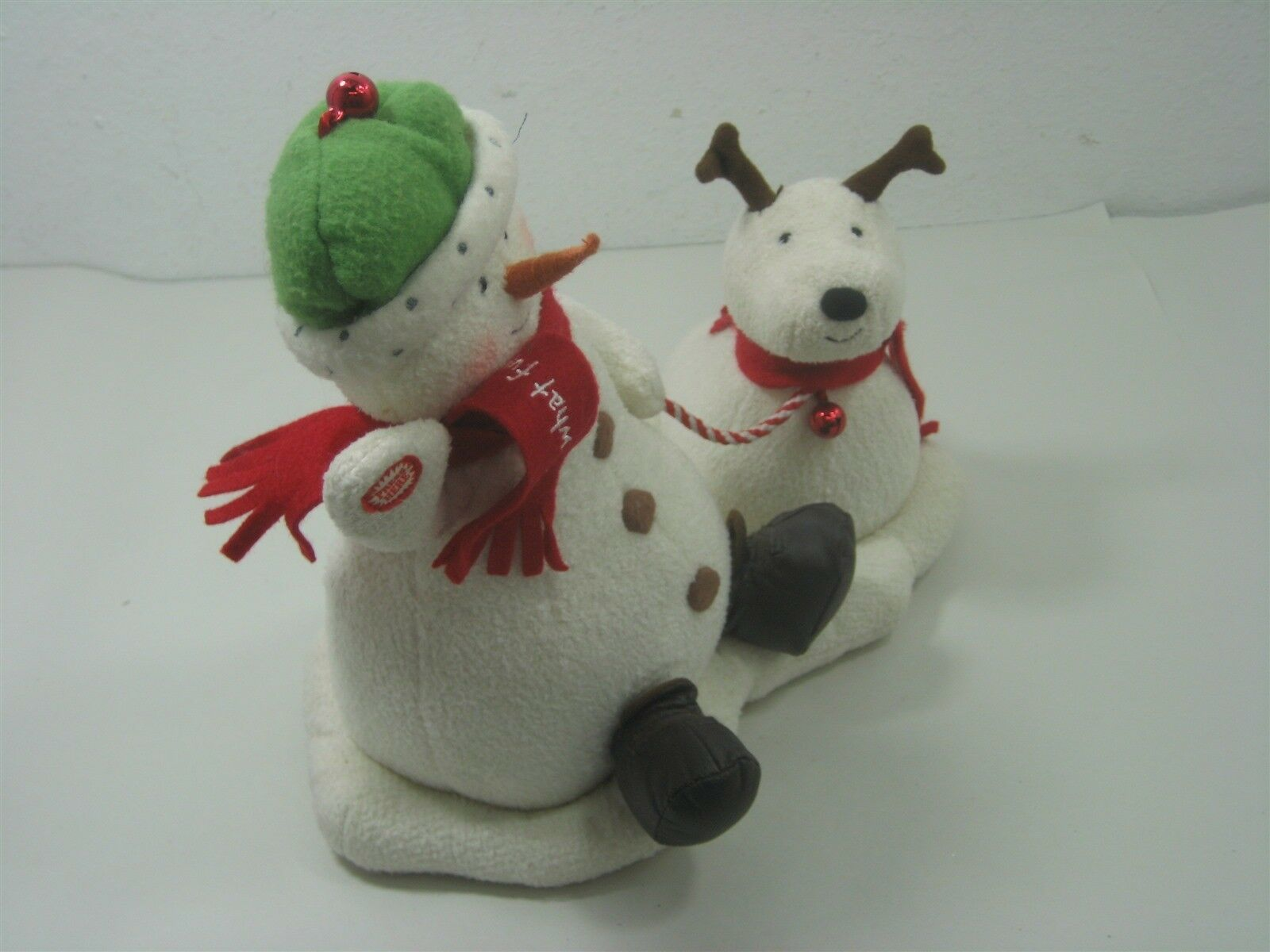 2004 Hallmark Jingle Pals Plush Snowman with Dog Animated Sings Jingle Bells image 2