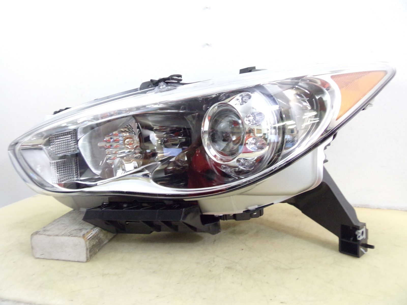 Primary image for 2013 INFINITI JX35 2014 2015 QX60 DRIVER LH XENON HID HEADLIGHT OEM 95