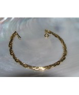 Estate Avon Signed Goldtone Wheat Chain Link Bracelet – marked on back o... - $8.59