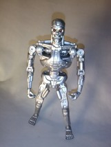 Techno-Punch Terminator 2 Endoskeleton Action Figure Kenner 1991 5.5in - $14.20