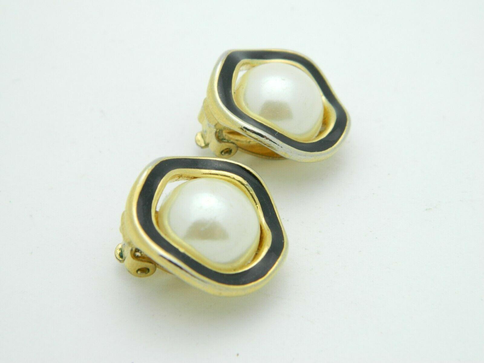 RICHELIEU Gold Tone Faux Pearl Black Enamel Clip Earrings Vintage