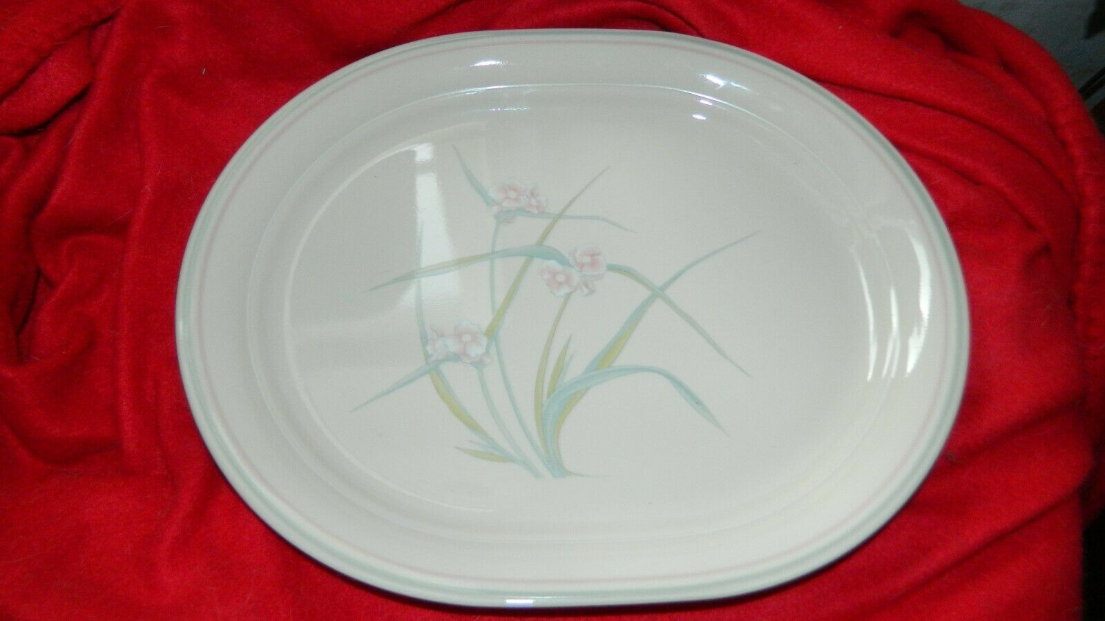 Primary image for CORELLE 12.25 IN OVAL SERVING PLATTER VARIATION SPRING POND VGUC FREE USA SHIP