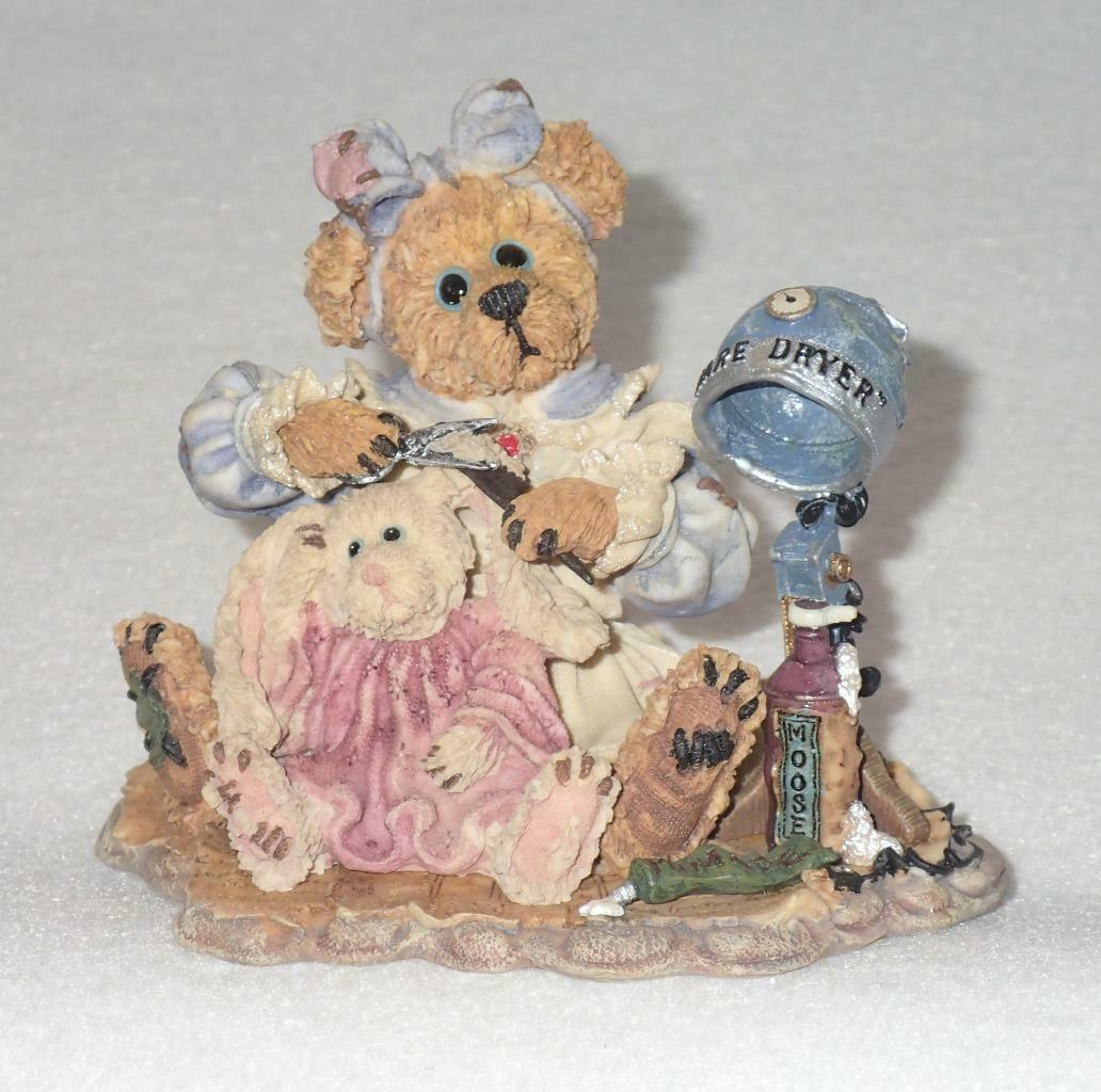 Boyd Bearstone Resin Bears Wanda & Gert A Little Off The Top Figurine #227719