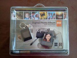 INNOVAGE Digital Photo Album Keychain - 60 Photos - 8 Mb/USB Rechargeable - $18.81