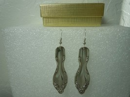 International Lady Densmore aka Woodland 1948 Earrings Silverplate - $35.63