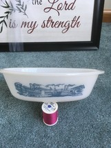 Glasbake J-235 1 Qt Blue & White Currier & Ives Oval Casserole River Boats - $8.75