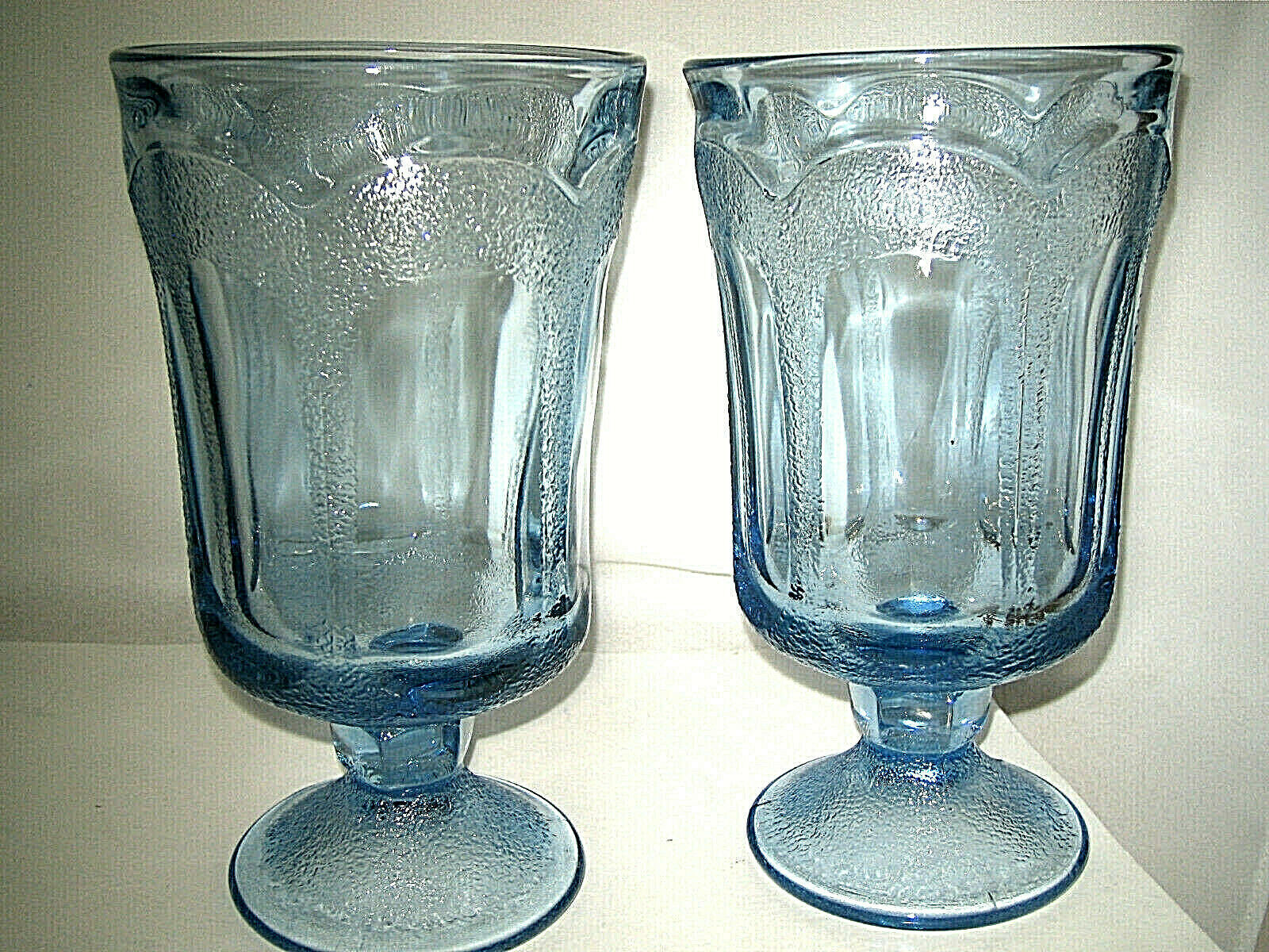 "Primary image for Fostoria WOODLAND BLUE Ice Tea Glass 6 3/4"" Blue Glass 2-pcs Excellent"