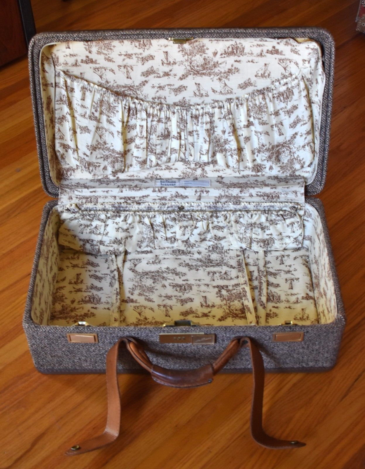 "Vintage Luggage Hartmann Tweed Leather Suitcase - Toile Lining - 21"" x 12"""