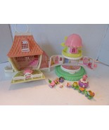 VTG 1983 CHARMKINS WIPPOORWILL WINDMILL & PLAYHOUSE WITH FIGURES - $24.70