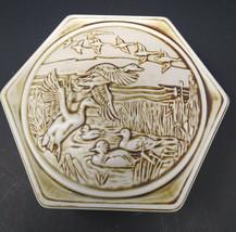 Avon Ceramic Trinket Box Geese & Ducks 1980 - $14.87