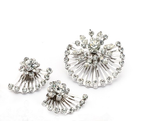 Primary image for CORO Open Wire Sunburst Rhinestone Demi Parure  Brooch & Earrings Silvertone