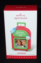 Hallmark Keepsake 2015 Grandkids Photo Holder Christmas Ornament QGO1289 NEW - $8.59