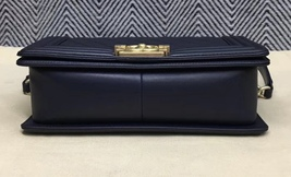 100% AUTHENTIC CHANEL NAVY BLUE QUILTED LAMBSKIN MEDIUM BOY FLAP BAG GHW image 4