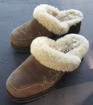 Womens UGG Australia 5464 Clogs Blossom Mules Brown Size 6 - $1.213,85 MXN