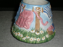 """Yankee Candle Small Jar Candle Shade """"Laundry Day"""" Spring Clothesline Scene - $9.99"""