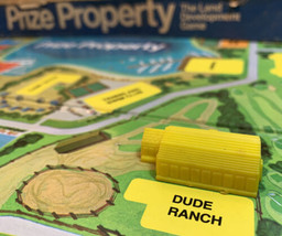 Prize Property Game Piece Dude Ranch Building Yellow Milton Bradley 1974 - $3.95