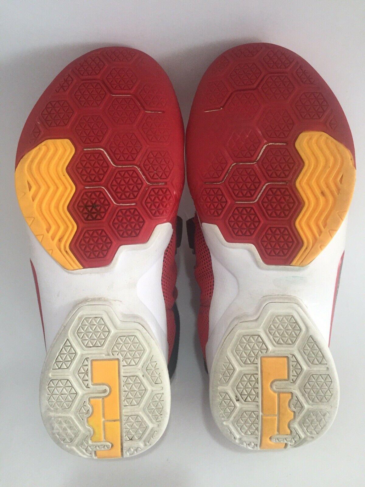 Nike Lebron Soldier IX Basketball Sneakers Size US 6Y EU 38