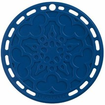 Le Creuset Silicone 8-Inch Round French Trivet Marseille Trivets Dinnerw... - $21.52