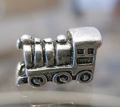 NICE Train Locomotive Charm bead jewelry Sterling silver - $26.93