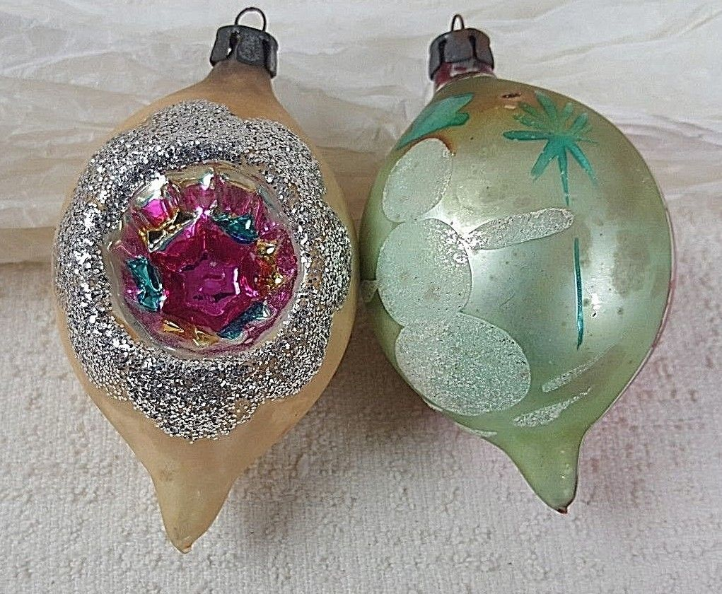 Primary image for Vintage Poland Hand Painted Tear Drop Glass Christmas Tree Ornament Lot of 2