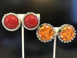 Two Pair Of Vintage Goldtone Clip On Earrings - $3.75
