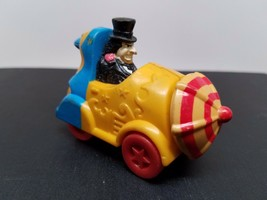 PENGUIN 1991 BATMAN Returns MOVIE Toy Car ACTION FIGURE DC COMICS McDona... - $8.68