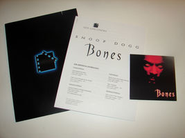 2001 BONES Movie PRESS KIT Folder Photo Disc Production Notes Snoop Dogg... - $15.38