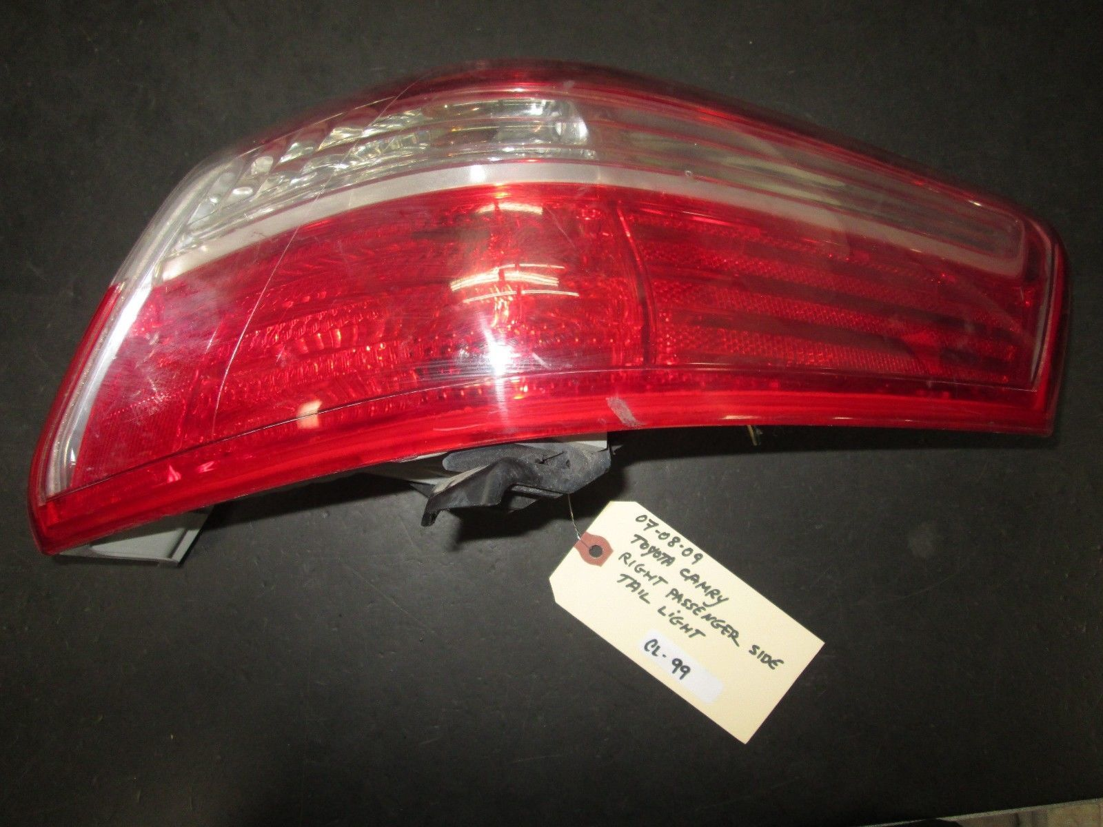 Primary image for 07 08 09 TOYOTA CAMRY RIGHT PASSENGER SIDE TAIL LIGHT
