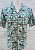 ISLAND ALOHA WEAR Hawaiian Camp Shirt Hibiscus Floral Print Made in Hawa... - $34.64