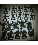 1992 Battle Masters Board Game Dark Gray Men (20) - $28.01
