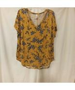 No Boundries Gold Floral Shirt Sz XL - $5.18