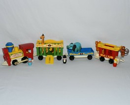 Vintage Fisher Price Little People Circus Train #991 Complete Looks Great 0421! - $89.10