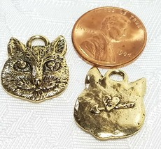 KITTY CAT w/ HEART ON BACK CHARM FINE PEWTER PENDANT CHARM 17x21x2mm image 2