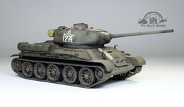 T34/85 Soviet Medium Tank WW2 1:35 Pro Built Model - $242.55