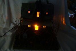 Bethany Lowe Haunted House image 9