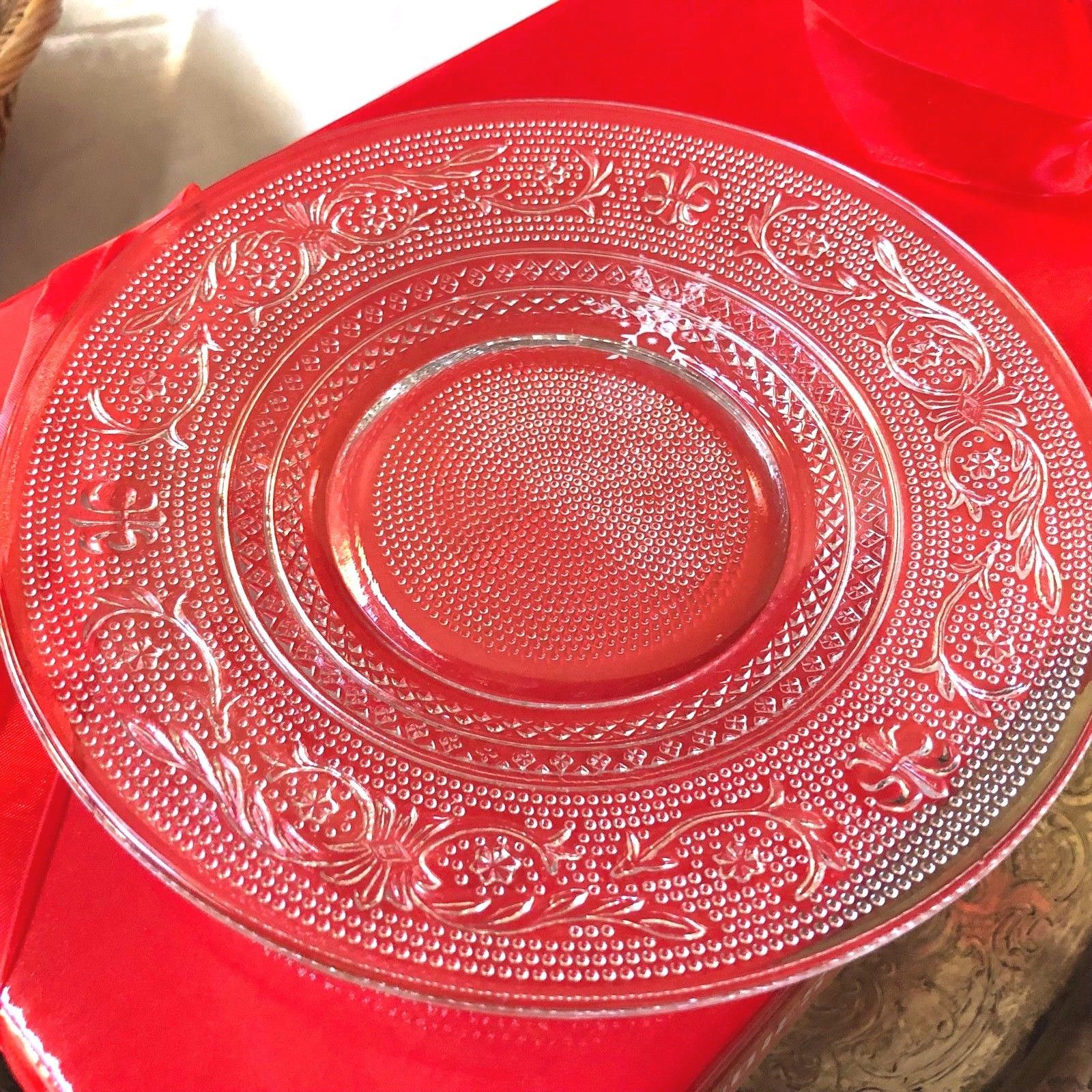 """VTG SET OF 2 INDIANA CUT PRESSED CLEAR GLASS 7"""" PLATE DISH"""