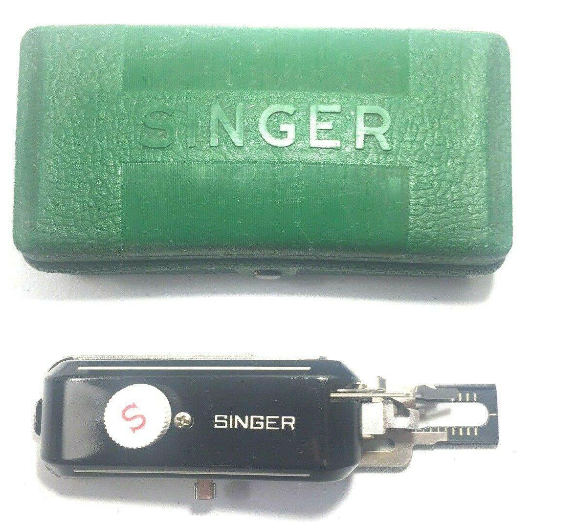 Vintage Singer Sewing Machine Attachment Buttonholer W654321N + 3 Templates - $4.90