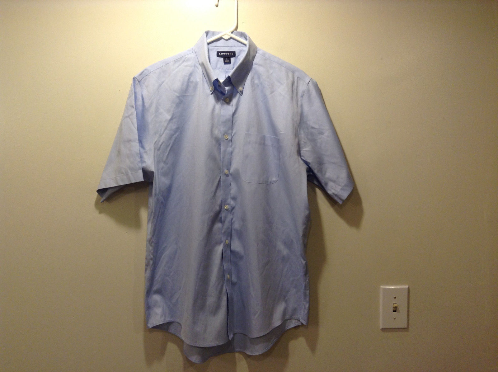 Lands' End Men's Size L Button Down Collar Shirt Short Sleeves Light Baby Blue